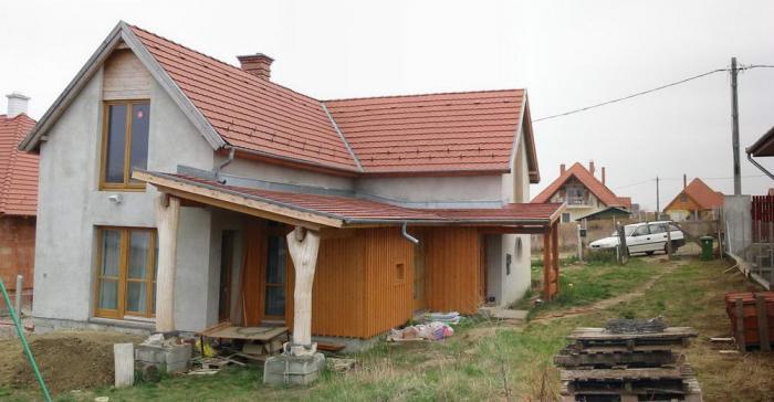 A ház alapvakolással