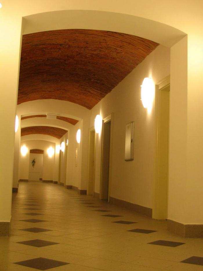 Alagsori folyosó