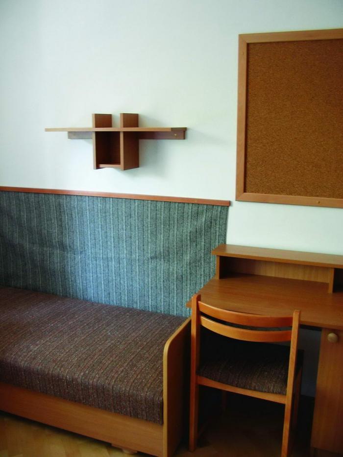 Kollégiumi szoba részlet
